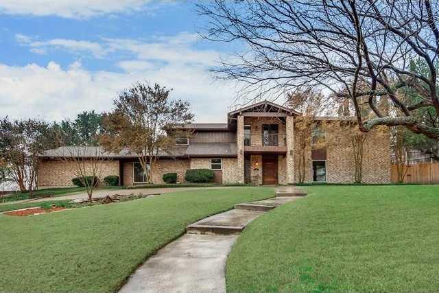 $399,000 - 4Br/4Ba -  for Sale in Mont Del Estates Add, Benbrook