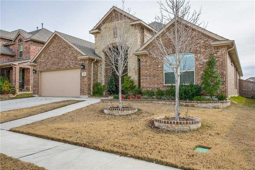 $329,900 - 4Br/3Ba -  for Sale in Santa Fe Enclave, Fort Worth
