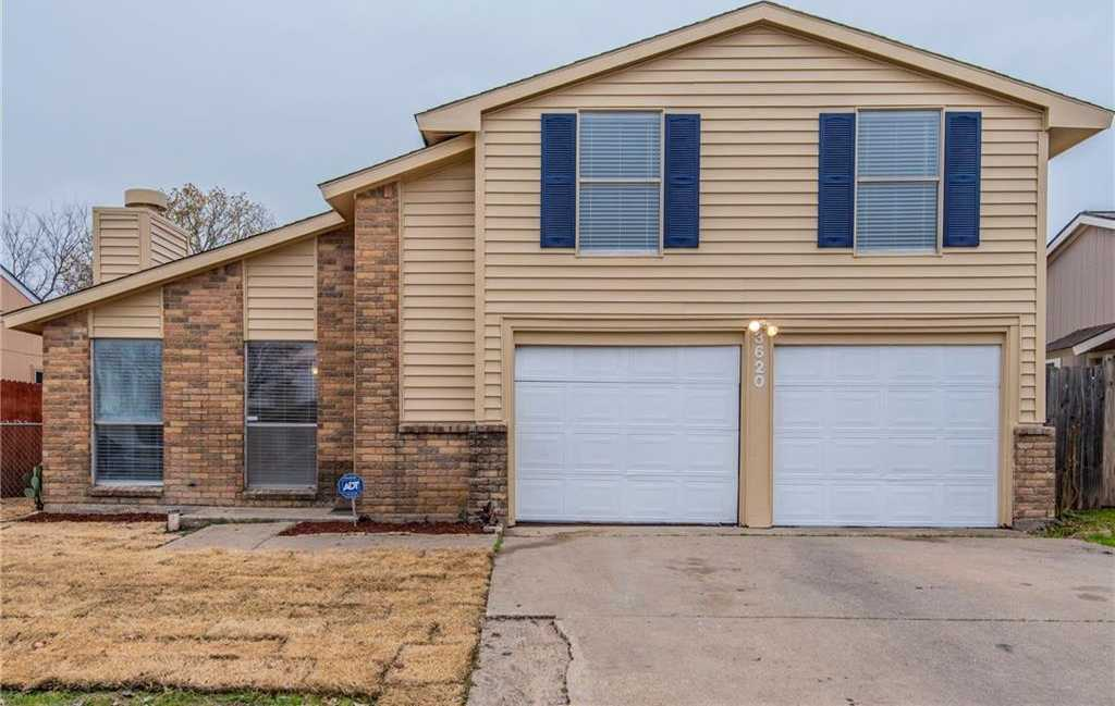 $196,800 - 4Br/2Ba -  for Sale in High Plains Add, Arlington