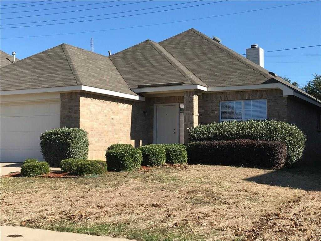 $223,900 - 3Br/2Ba -  for Sale in Vista Meadows Add, Fort Worth