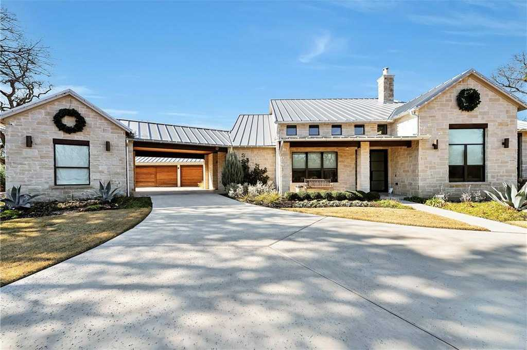 $2,700,000 - 5Br/7Ba -  for Sale in Terra Bella, Westlake
