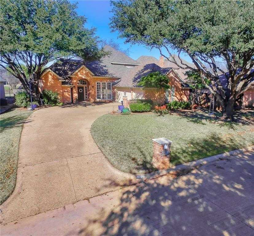$399,000 - 4Br/3Ba -  for Sale in Meadow Lakes Add, North Richland Hills