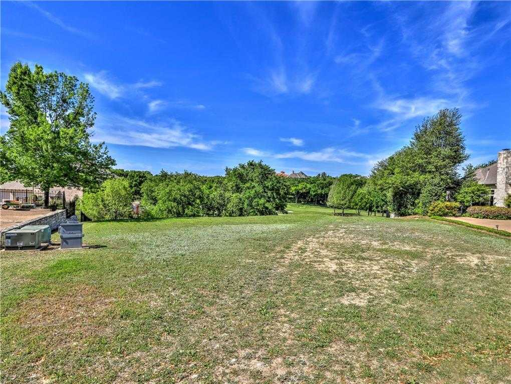 $549,900 - Br/Ba -  for Sale in Mira Vista Add, Fort Worth