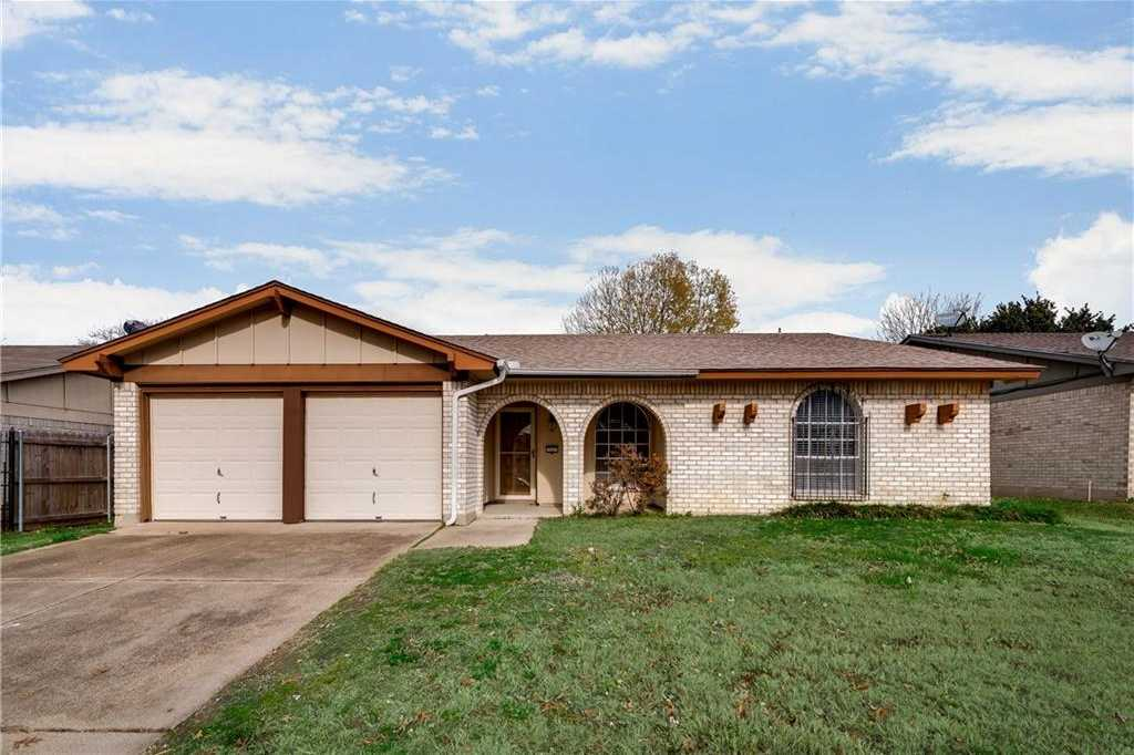 $200,000 - 3Br/2Ba -  for Sale in High Meadows Add, Arlington