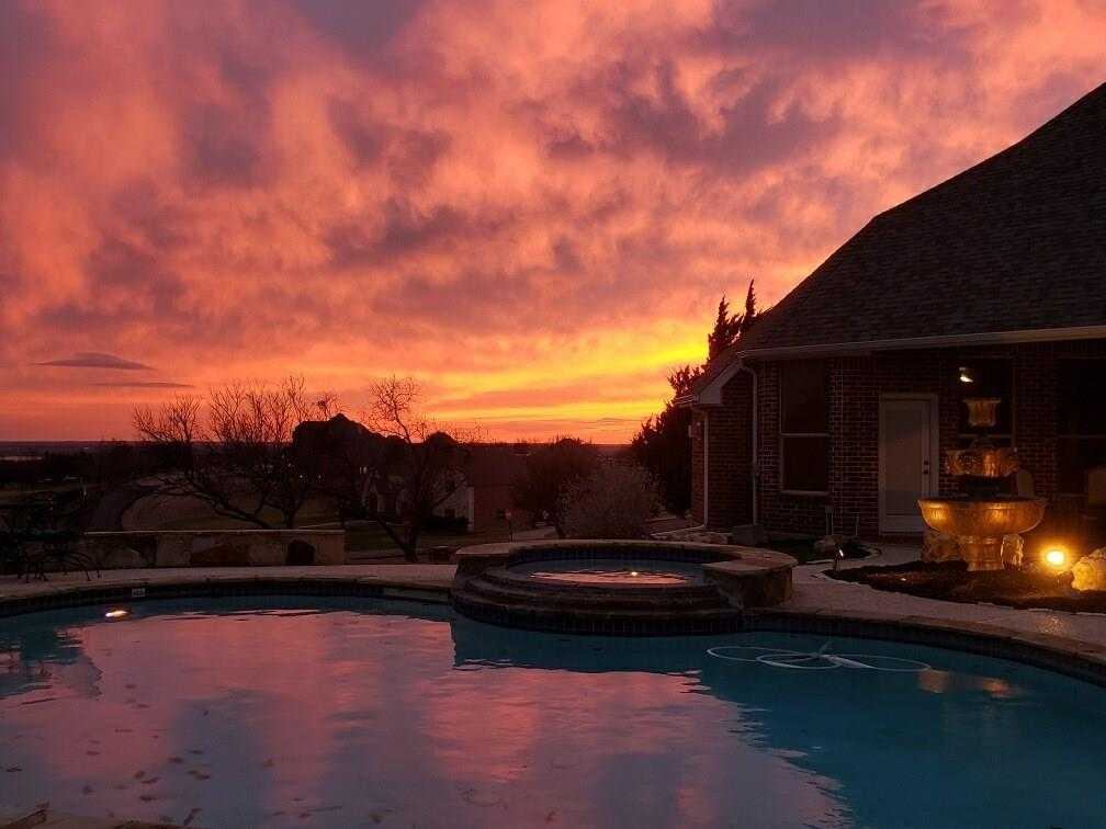 $494,900 - 4Br/4Ba -  for Sale in Harbour View Estates Add, Fort Worth
