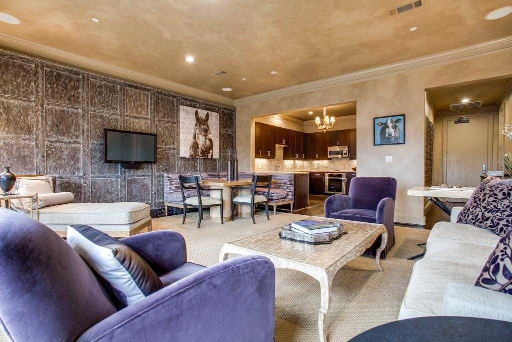 $480,000 - 1Br/2Ba -  for Sale in Metropolitan Club, Dallas