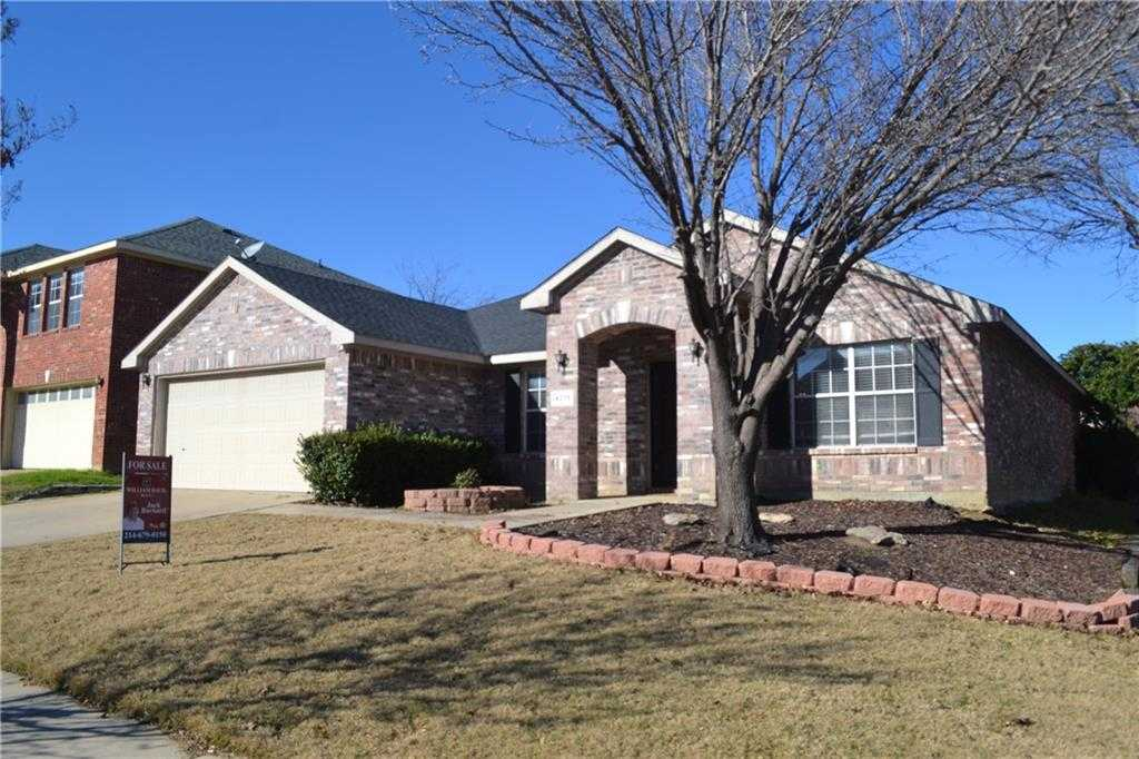 $229,900 - 3Br/2Ba -  for Sale in Arcadia Park Add, Fort Worth