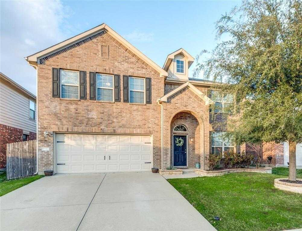 $290,000 - 4Br/4Ba -  for Sale in Arcadia Park Add, Fort Worth