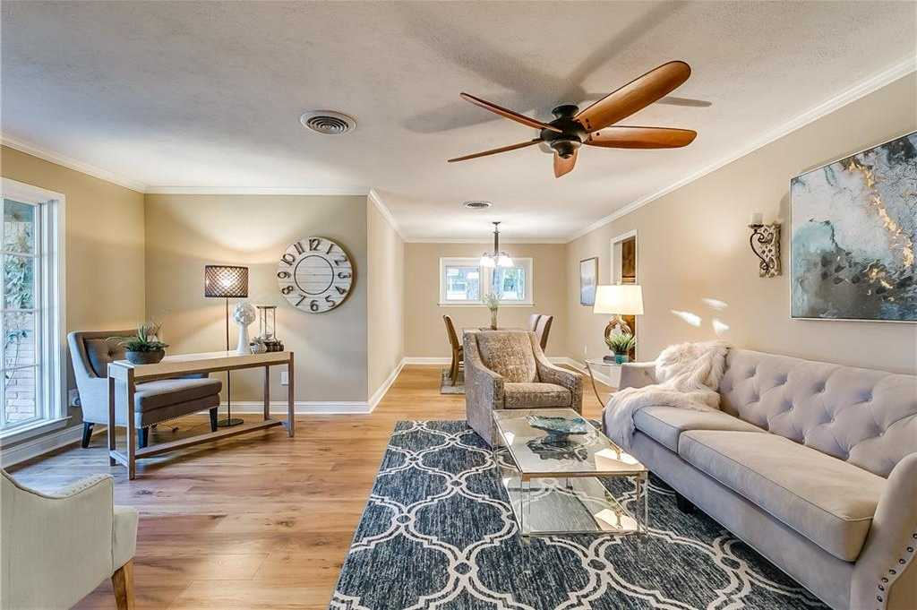 $310,000 - 3Br/2Ba -  for Sale in Ridgmar Add, Fort Worth