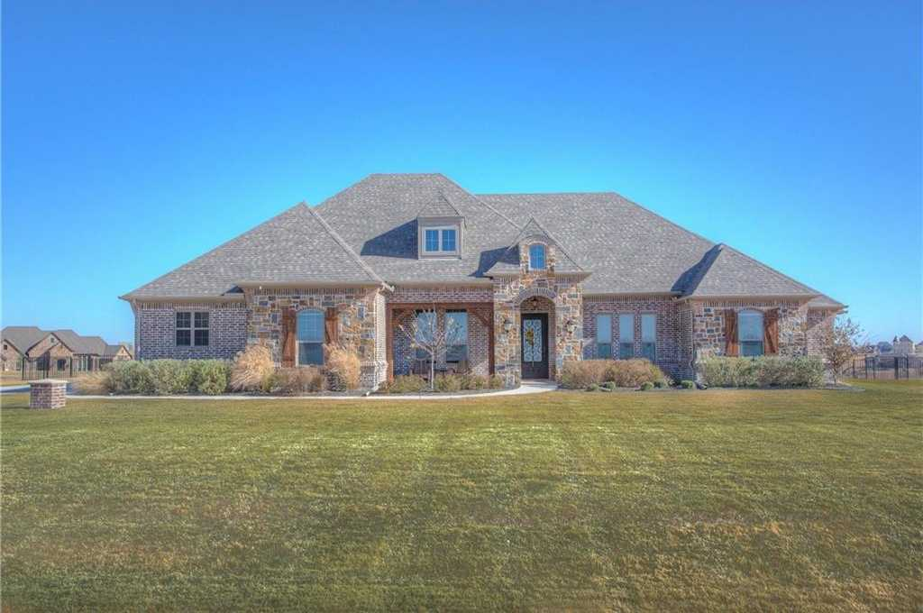 $669,000 - 4Br/4Ba -  for Sale in Bella Flora Sub, Fort Worth