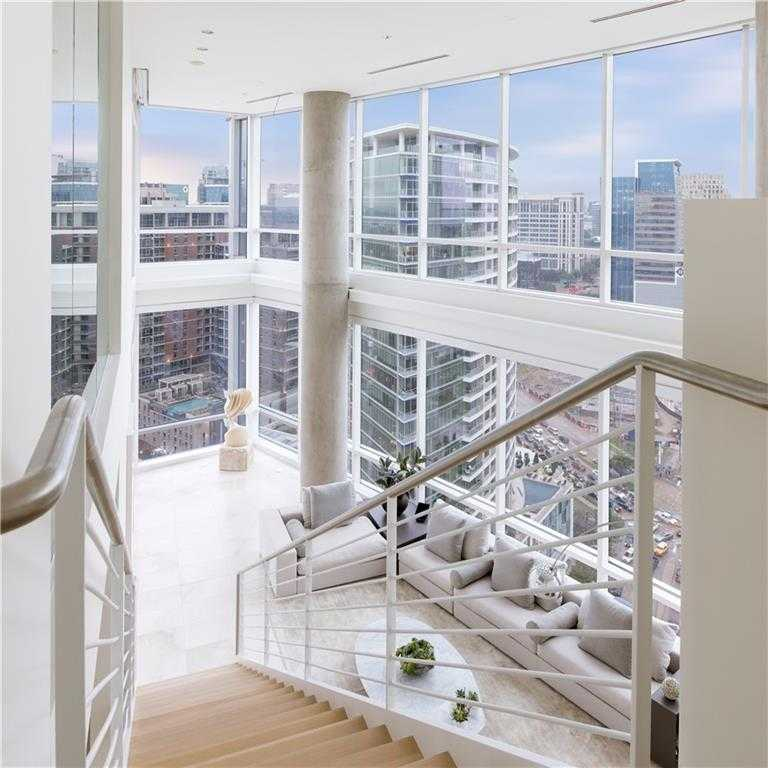 $2,295,000 - 3Br/4Ba -  for Sale in Residences, Dallas