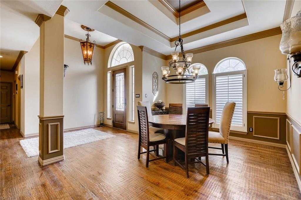 $449,900 - 3Br/3Ba -  for Sale in Crest Point Add, Fort Worth