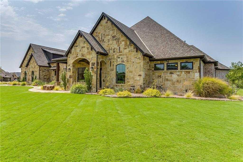 $949,000 - 4Br/5Ba -  for Sale in Bella Flora, Fort Worth