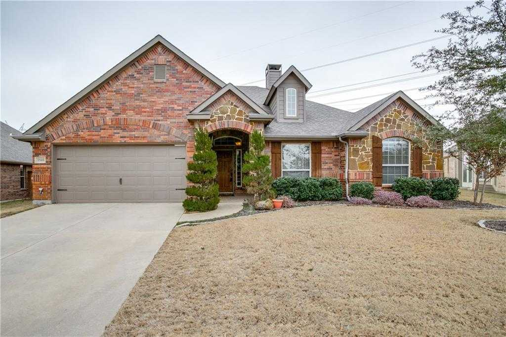$340,000 - 3Br/2Ba -  for Sale in Seventeen Lakes Add, Fort Worth