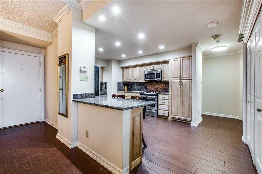 $263,500 - 2Br/2Ba -  for Sale in Bonaventure Condo, Dallas