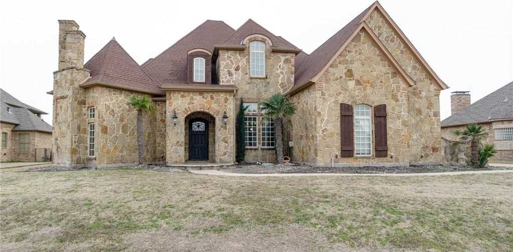 $679,000 - 4Br/5Ba -  for Sale in Resort On Eagle Mountain Lake, Fort Worth