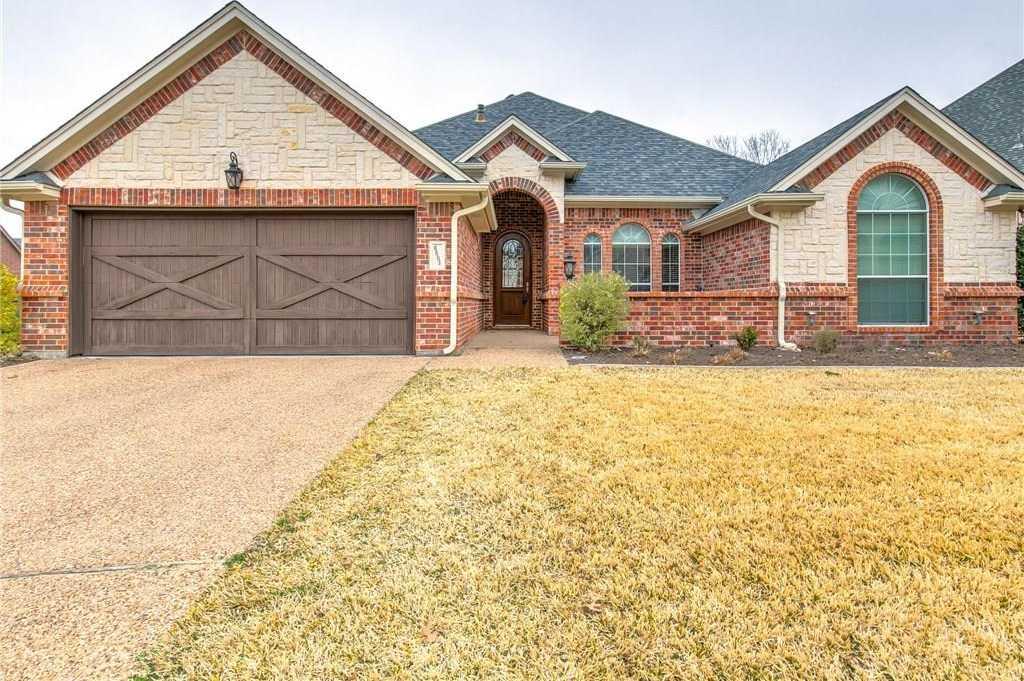 $399,500 - 3Br/2Ba -  for Sale in Ridgmar Estates Add, Fort Worth