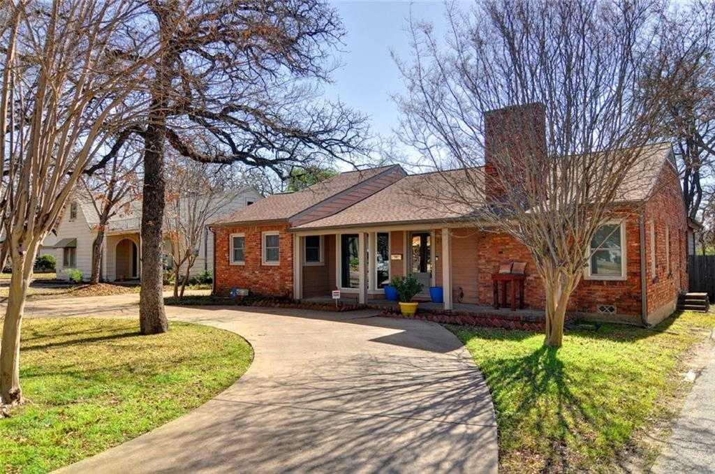$425,000 - 4Br/3Ba -  for Sale in Oakhurst, Fort Worth