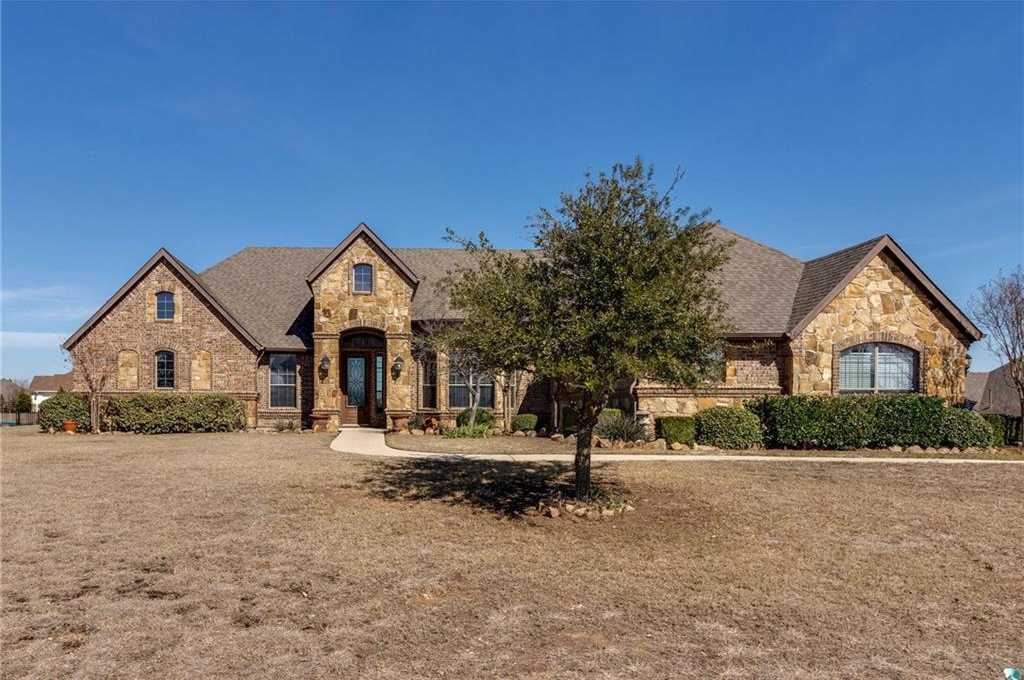$455,000 - 4Br/4Ba -  for Sale in Lago Vista At Bonds Ranch Add, Fort Worth