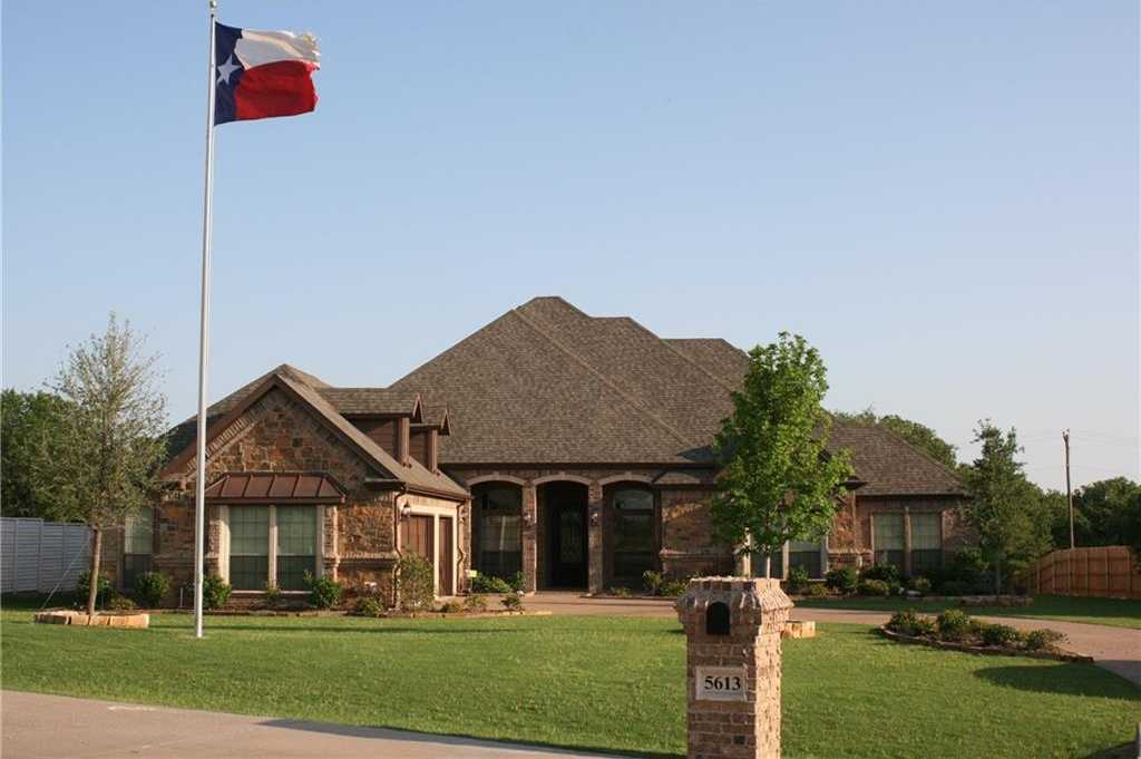 $419,500 - 4Br/4Ba -  for Sale in Resort On Eagle Mountain Lake, Fort Worth