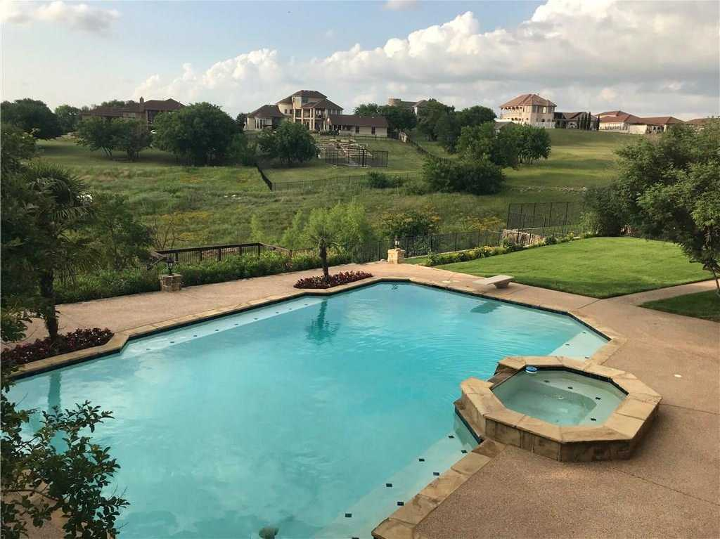 $599,999 - 4Br/4Ba -  for Sale in Eagle Ridge, Fort Worth