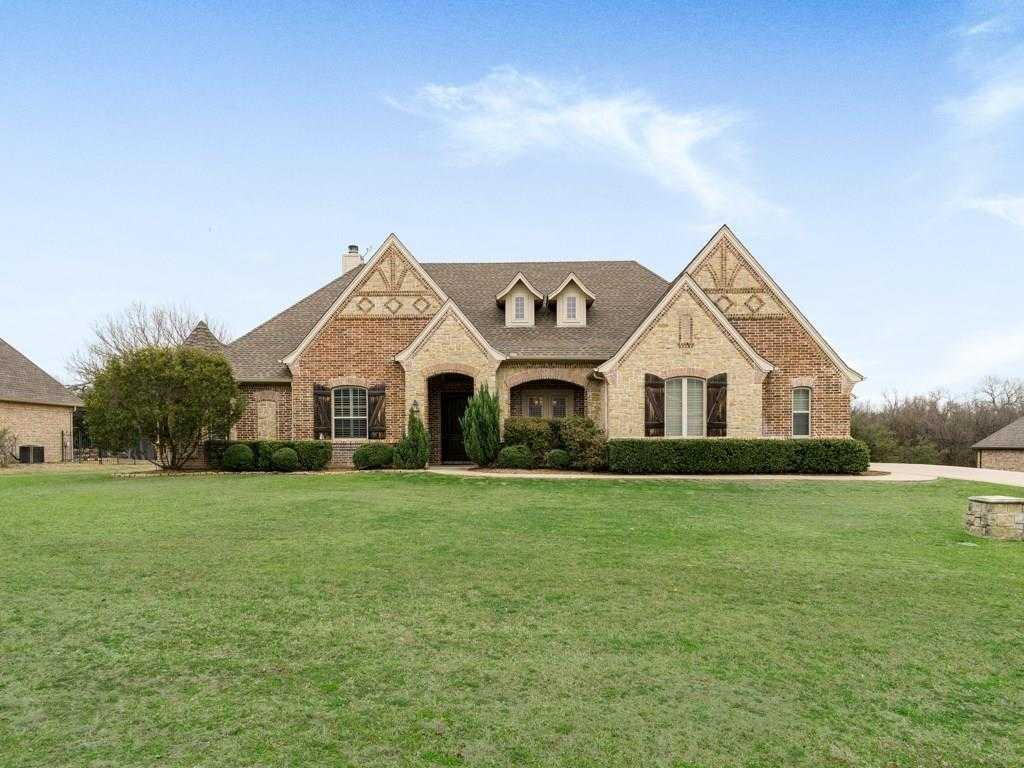 $445,000 - 4Br/3Ba -  for Sale in Cottonwood Creek, Fort Worth
