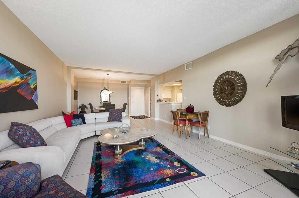 $275,000 - 2Br/2Ba -  for Sale in Bonaventure Condo, Dallas