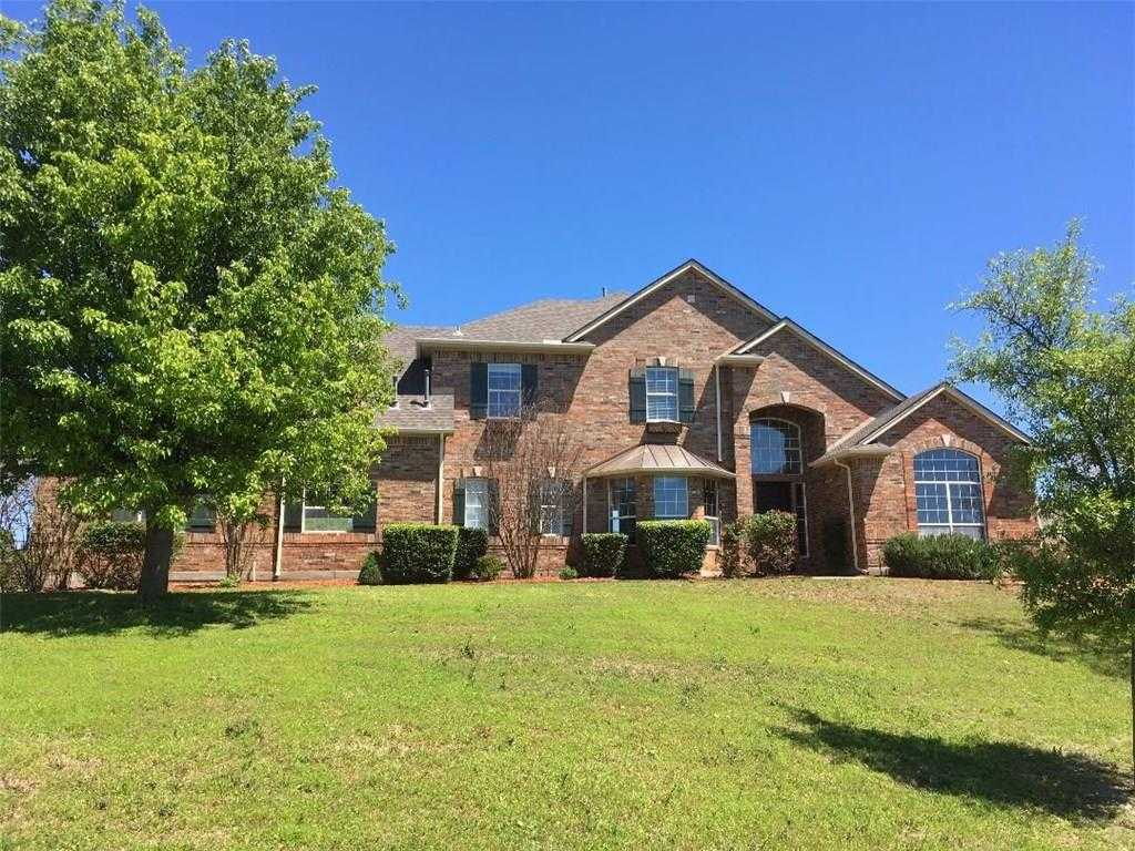 $399,900 - 4Br/4Ba -  for Sale in Harbour View Estates Add, Fort Worth