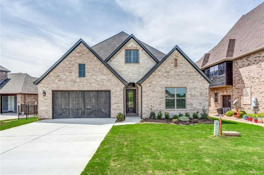 $514,750 - 3Br/3Ba -  for Sale in Resort On Eagle Mountain Lake, Fort Worth