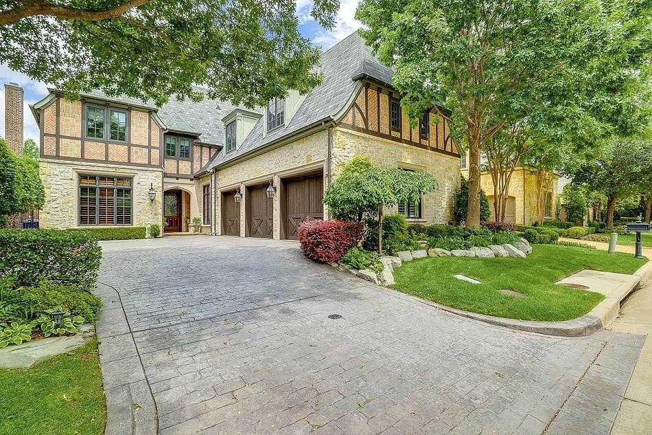 $1,395,000 - 3Br/5Ba -  for Sale in Glen Abbey, Dallas