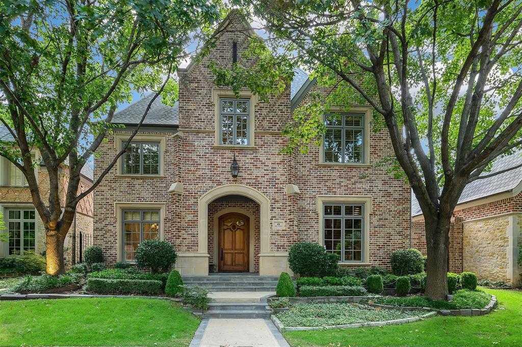 $1,074,500 - 4Br/4Ba -  for Sale in Glen Abbey, Dallas