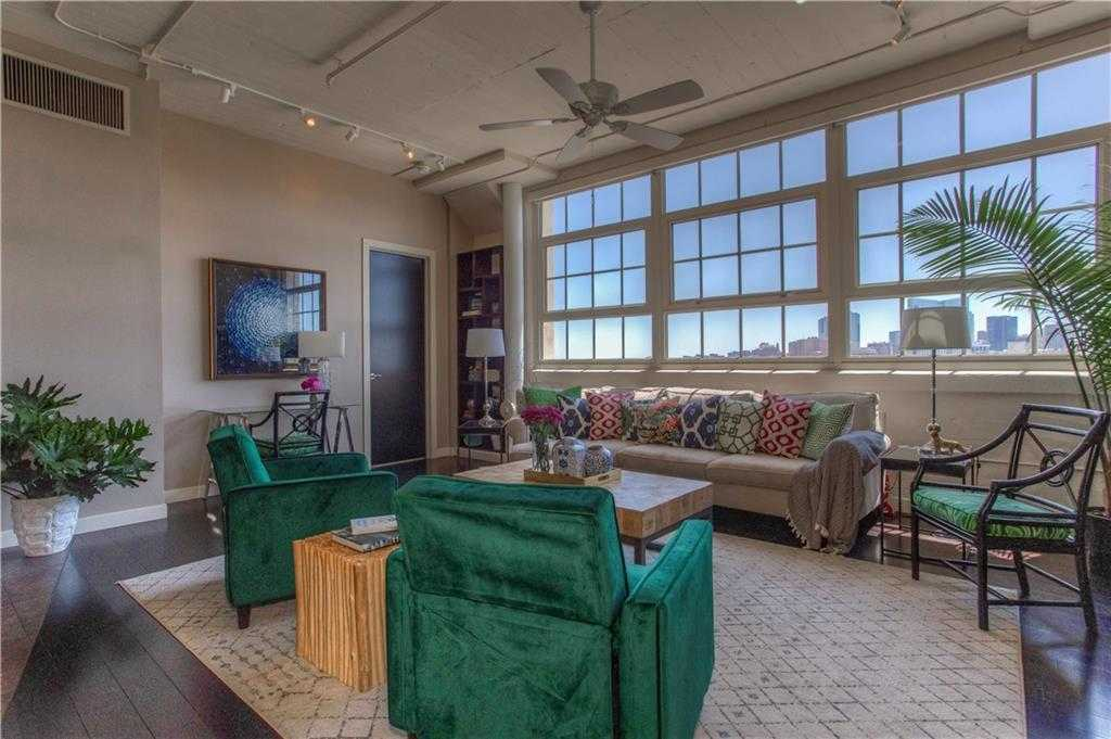 $565,000 - 2Br/3Ba -  for Sale in One Montgomery Plaza Residence Condo, Fort Worth