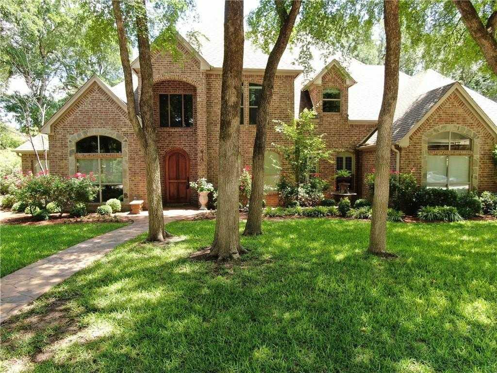 $452,900 - 4Br/4Ba -  for Sale in River Bend Estates, Fort Worth