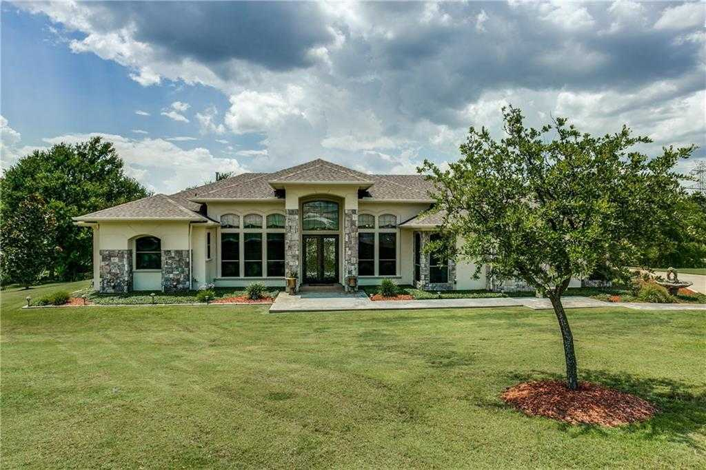 $475,000 - 3Br/3Ba -  for Sale in Harbour View Estates Add, Fort Worth