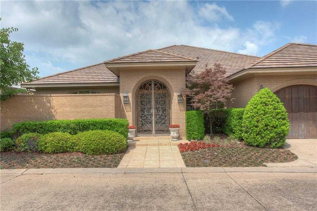 $785,000 - 3Br/3Ba -  for Sale in Westover Square, Fort Worth