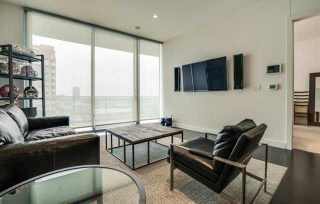- 1Br/2Ba -  for Sale in Azure Condos, Dallas