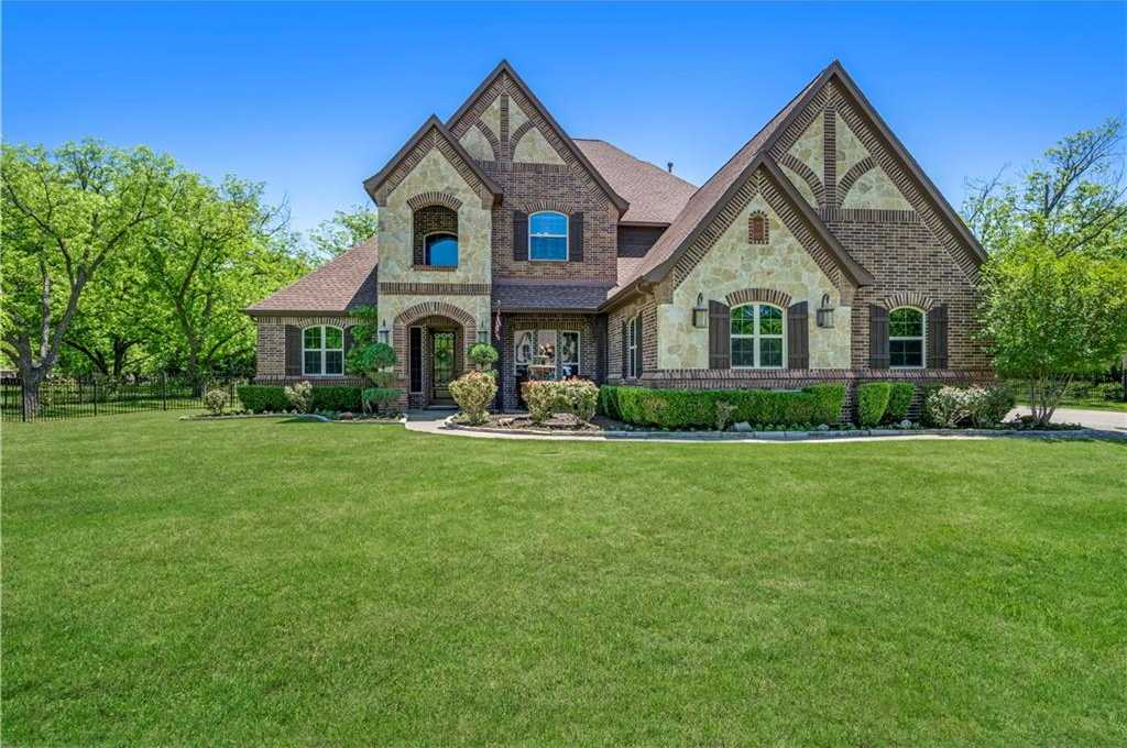 $729,500 - 4Br/4Ba -  for Sale in Orchards The, Fort Worth