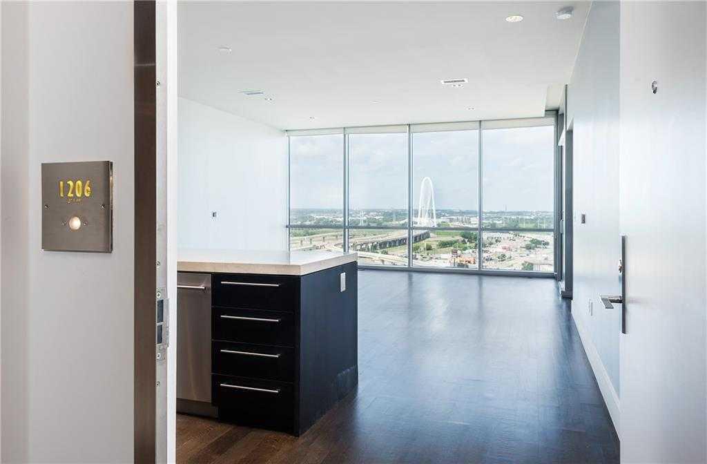 - 1Br/2Ba -  for Sale in The House, Dallas