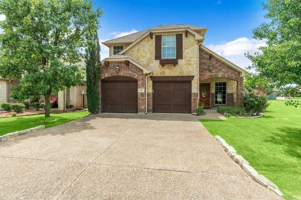 $300,000 - 3Br/3Ba -  for Sale in Resort On Eagle Mountain Lake, Fort Worth
