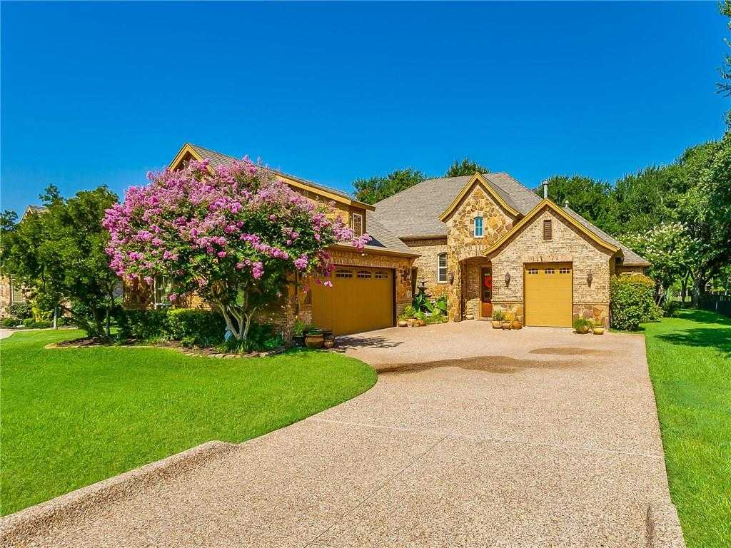 $439,500 - 4Br/3Ba -  for Sale in Resort On Eagle Mountain Lake, Fort Worth