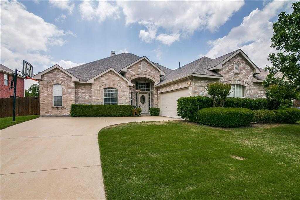 $379,900 - 4Br/3Ba -  for Sale in Ridgeview Ranch Estates Ph 3, Plano