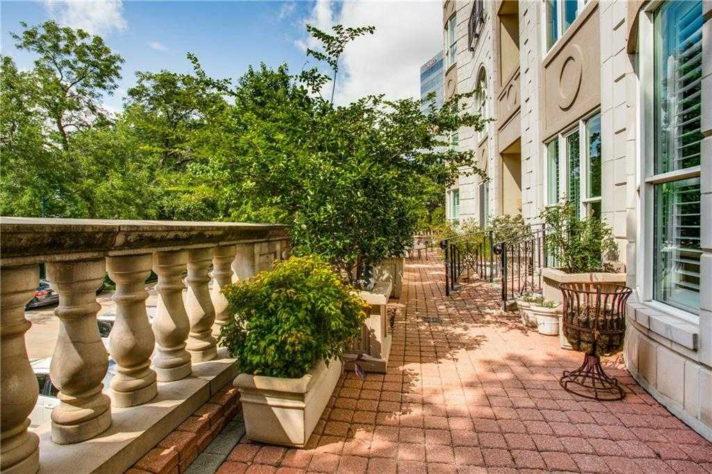 $350,000 - 1Br/1Ba -  for Sale in Mayfair Turtle Crk Condos, Dallas