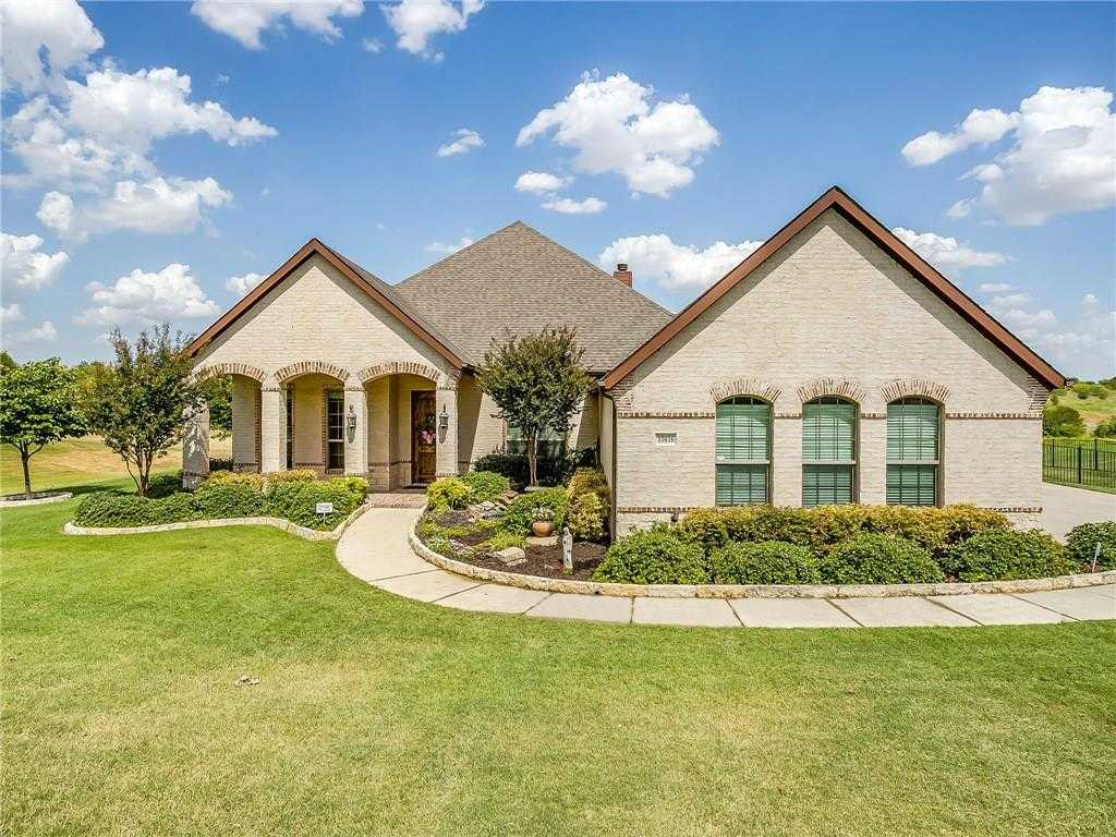 $450,000 - 4Br/3Ba -  for Sale in Lago Vista At Bonds Ranch Add, Fort Worth