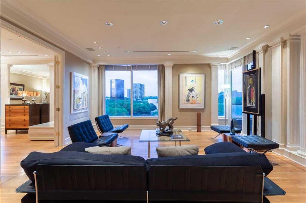 $749,000 - 2Br/4Ba -  for Sale in Claridge, Dallas