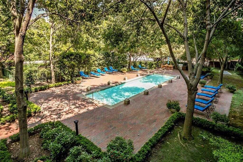 $320,000 - 2Br/2Ba -  for Sale in Aventura Condos, Addison