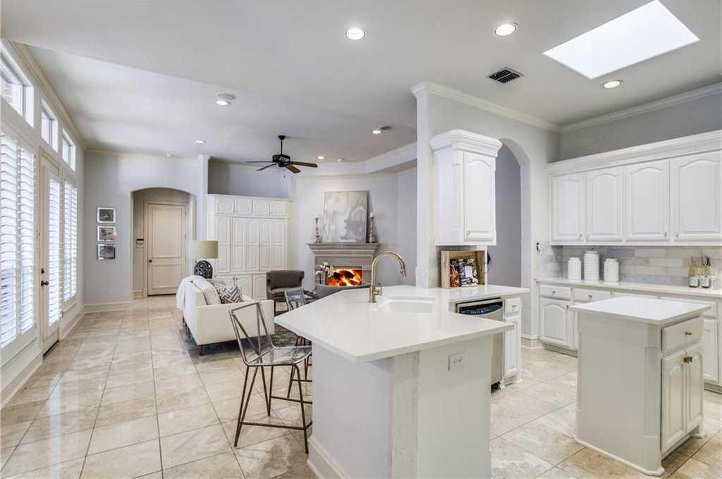 $895,000 - 3Br/4Ba -  for Sale in Lake Forest Ph F, Dallas