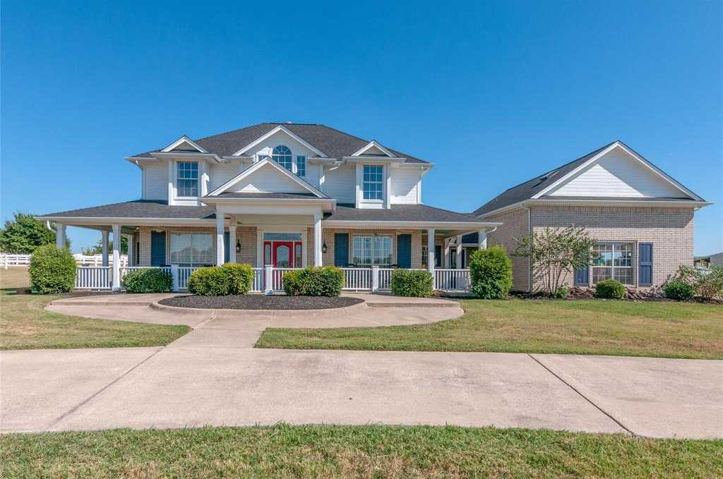 $549,999 - 5Br/4Ba -  for Sale in Fossil Creek Estates Add, Fort Worth