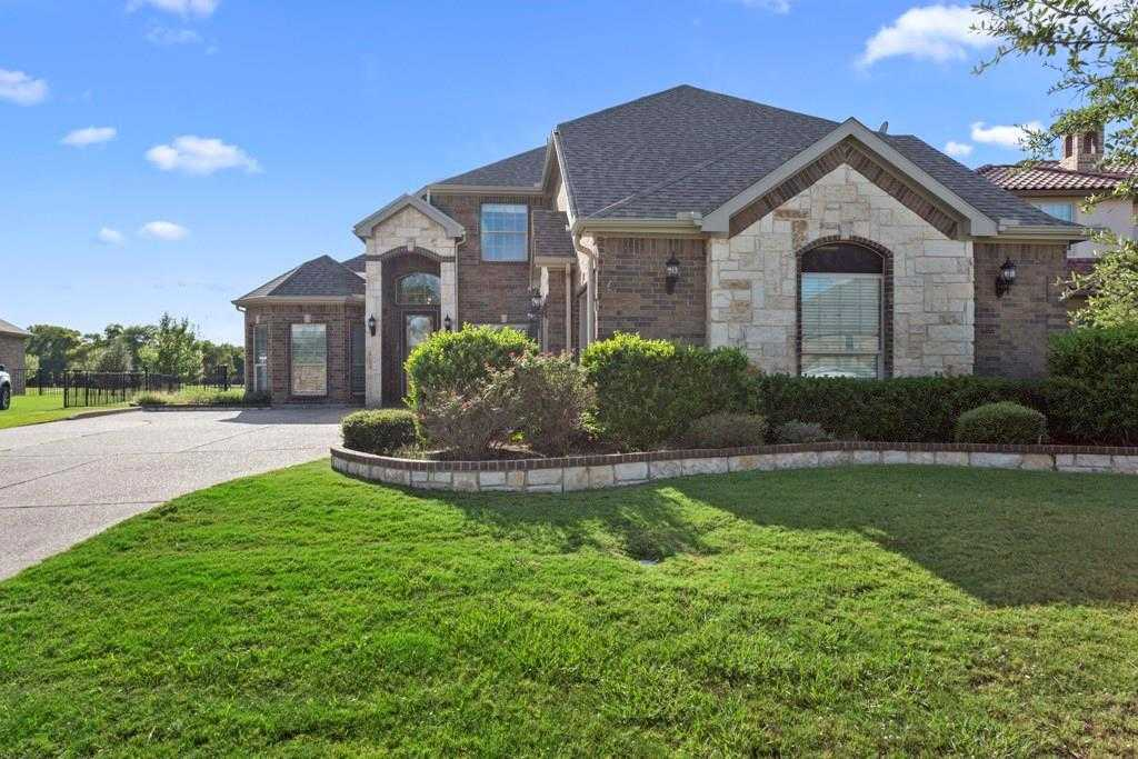 $425,000 - 3Br/4Ba -  for Sale in Resort On Eagle Mountain Lake, Fort Worth