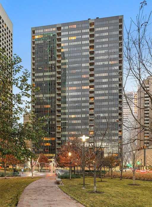 - 1Br/1Ba -  for Sale in Metropolitan 1200 Main St Condo, Dallas
