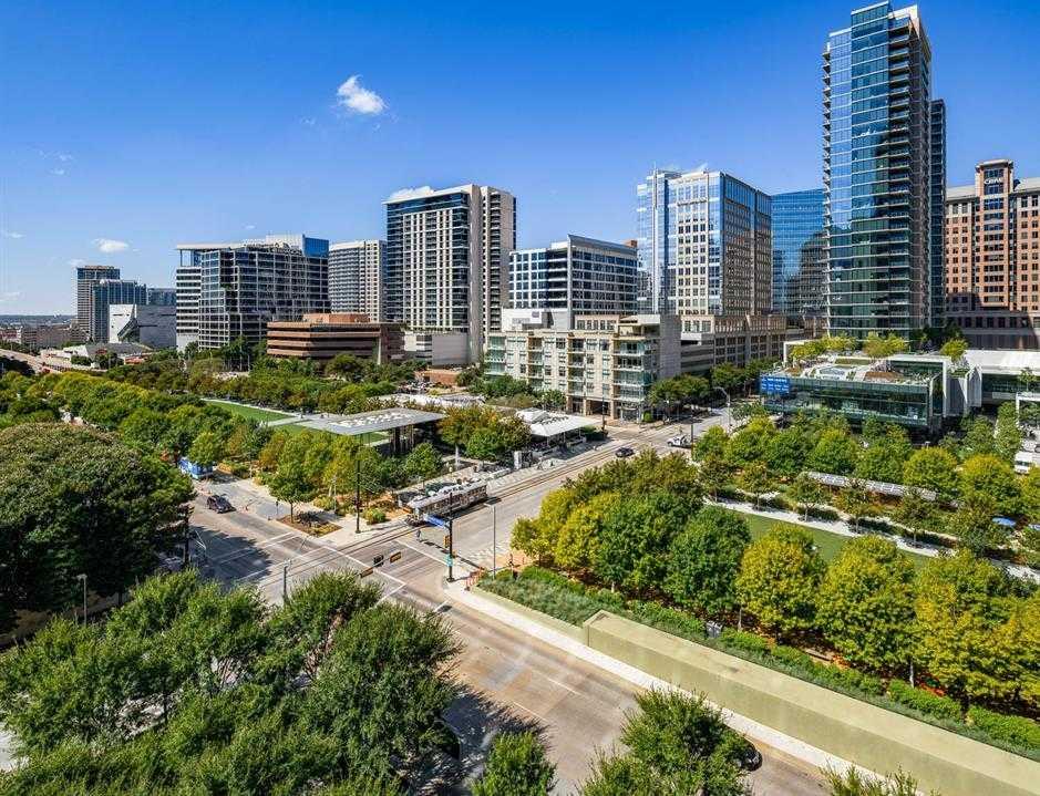 $2,495,000 - 2Br/2Ba -  for Sale in Museum Tower Condo, Dallas